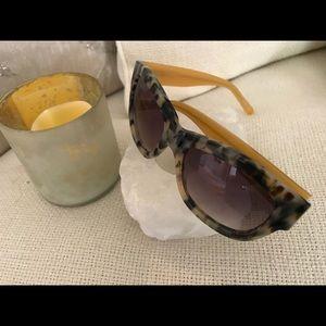 Anthropologie Croc Sunglasses  🕶 w/Mustard frame